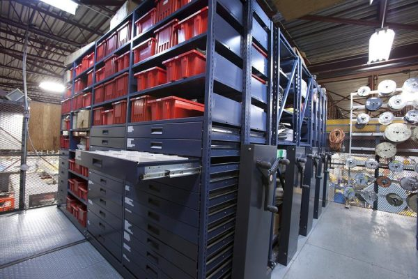 Mechanical Mobile Shelving - Commander Warehouse